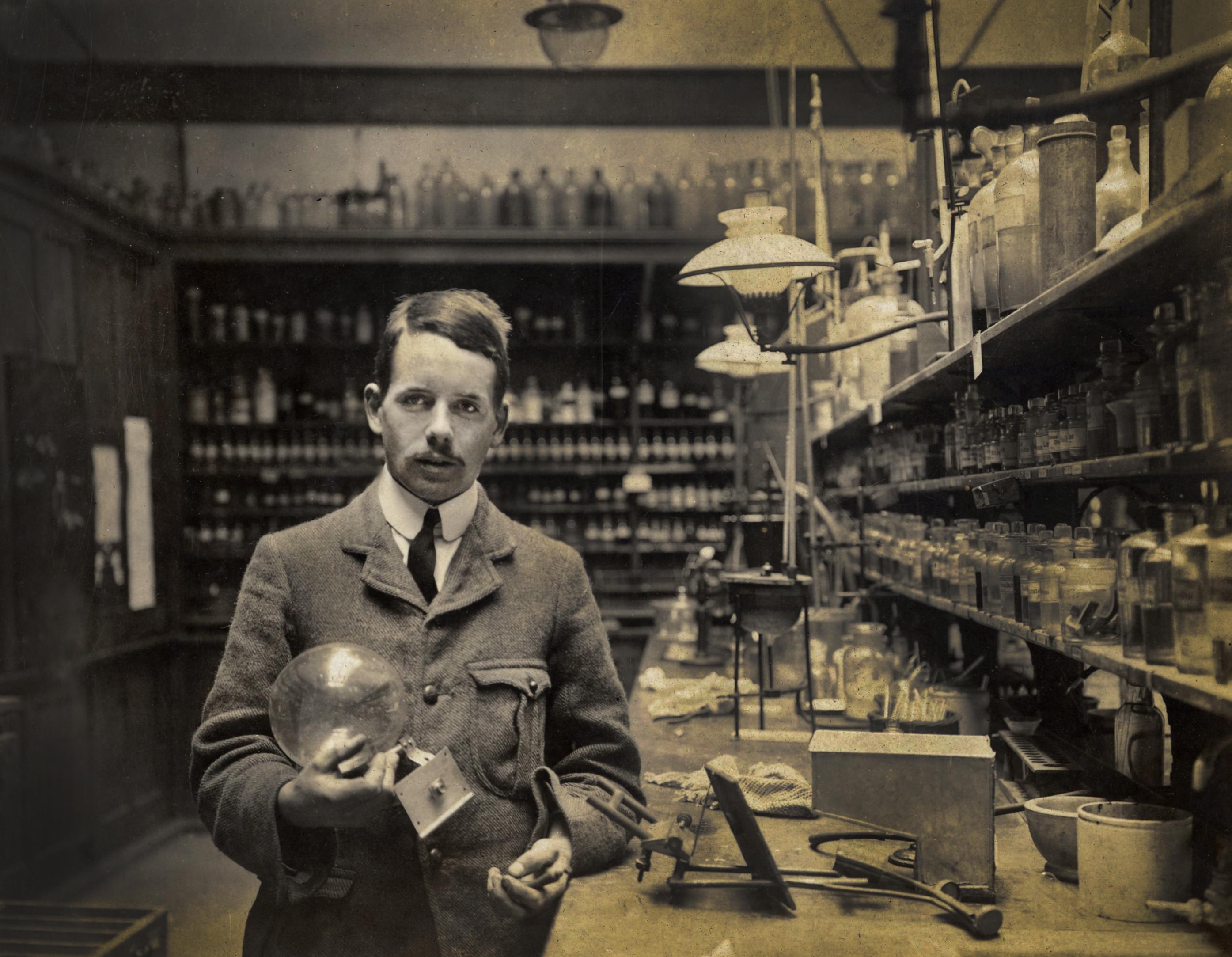 18874-moseleylaboratory-ki-1